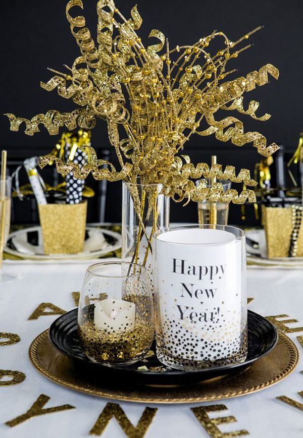 20 Black And Gold New Year Party For Last Holiday Black Holiday