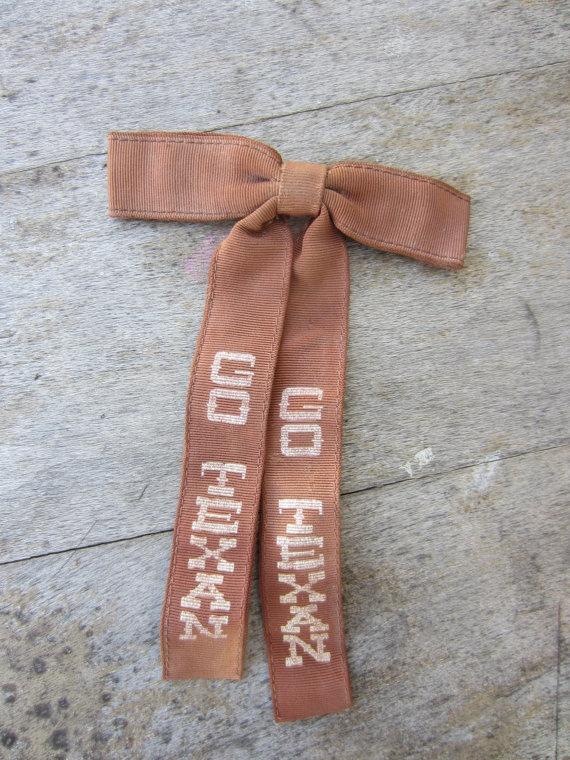 Vintage Brown Go Texan Bowtie // Vintage Ormond Clip-on Bow Tie