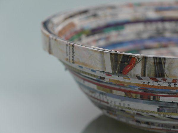 Schale aus Katalog / Bowl made of catalogue / Upcycling