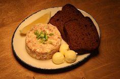 Как приготовить знаменитую еврейскую закуску из сельди, рассказывает шеф-повар из Одессы