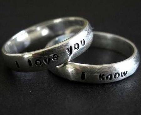 """Обручальные кольца с надписями: """"Я люблю тебя - я знаю"""" / «Обручальные кольца для гиков»"""