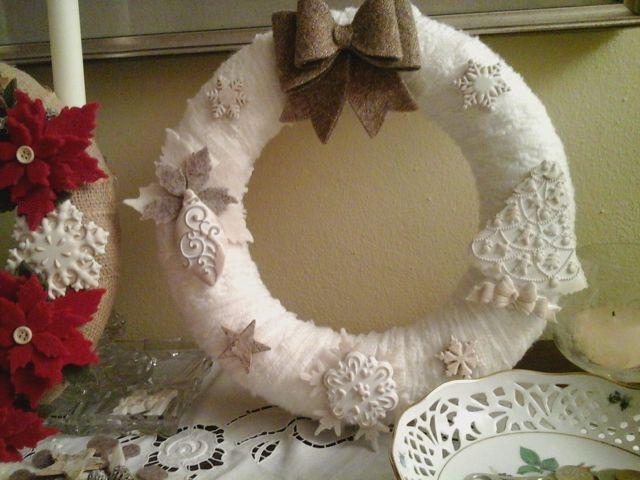 ghirlanda natalizia con gessetti