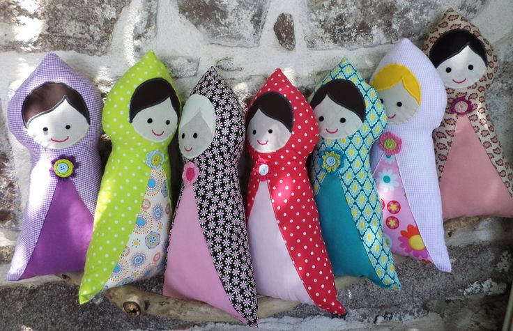 Soft Doll by Botek Little Red Riding Hood met Babushka (I have a bit of a thing for babushkas) and they went crazy in my fabric piles :)