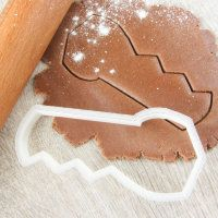 "Cookie cutter ""Saw"""