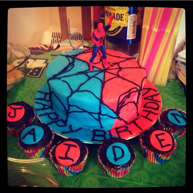 Spider-Man 6th birthday cake