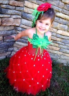 Strawberry tutu costume for kids, Best Halloween costumes for kids, DIY kids costumes, easy kids costumes to make, adorable and cute Halloween costumes for toddlers and infants, Halloween party ideas