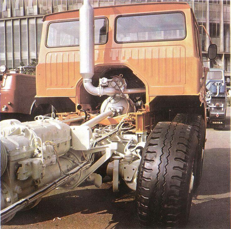 Tatra T813 8x8 AD 350