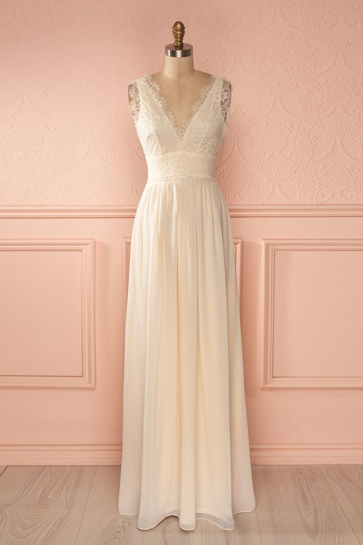 Julietta Beige - Ivory veil with lace V-neck maxi dress