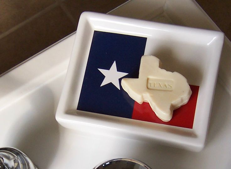 Texas Shaped Bathroom Soap on Lone Star State flag soapdish. 17 Best images about House Items on Pinterest   Bathrooms decor