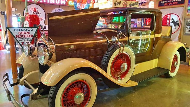 Vintage #Hudson #car at the Frontier Auto Museum in Gillette, #Wyoming looks like new! #thatswy @WyomingTourism #travel #museums