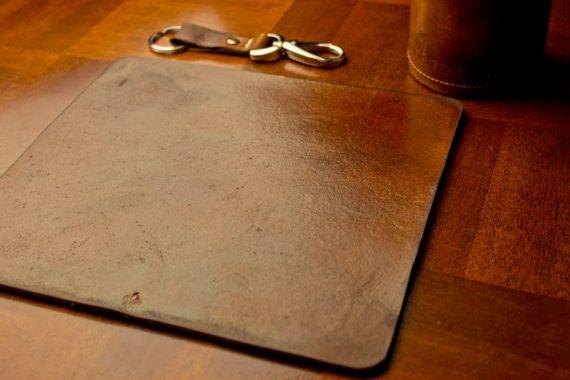 Tapis de souris en cuir, tapis de souris en cuir, minimaliste, personnalisé en cuir tapis de souris, monogrammé, cadeaux en cuir, cadeau pour lui, cadeau pour elle
