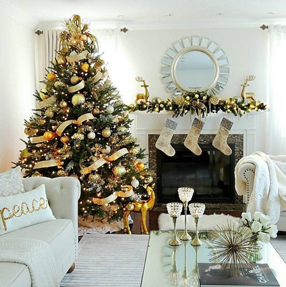 Best Christmas Trees We've Seen On Instagram 5