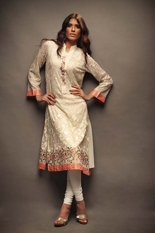 from #Pakistan's @SaniaMaskatiya's beautiful bar-e-sagheer Eid Collection https://www.facebook.com/SaniaMaskatiya