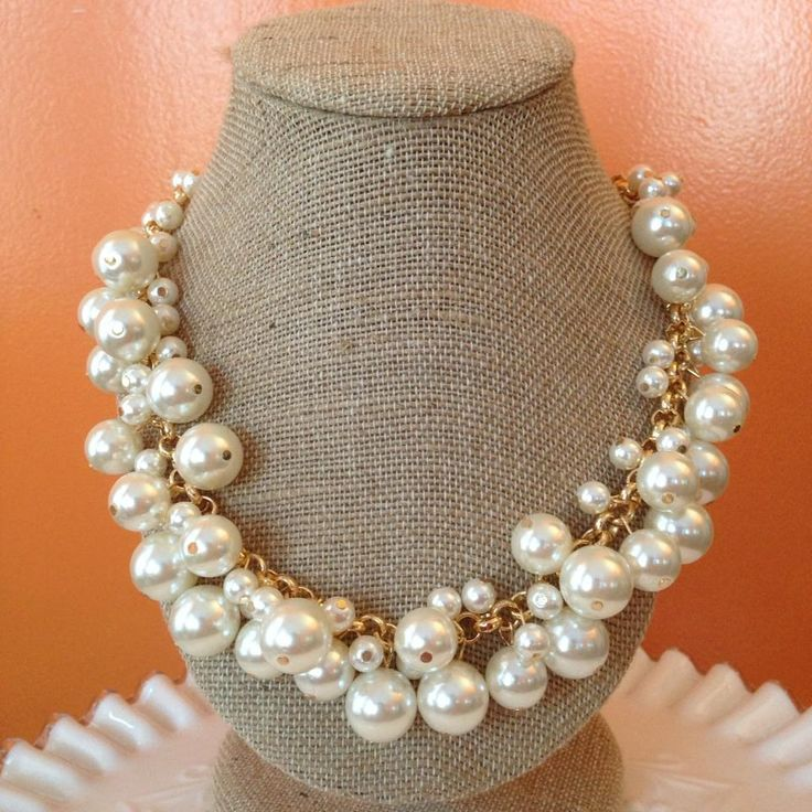 Molly Pearl Bauble Necklace – Prep Obsessed