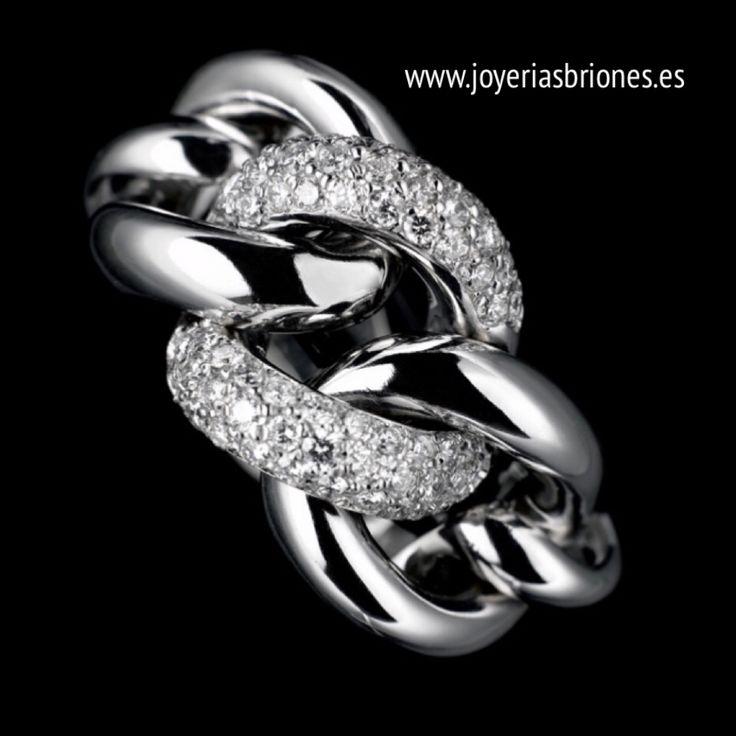 Anillo oro y diamantes.