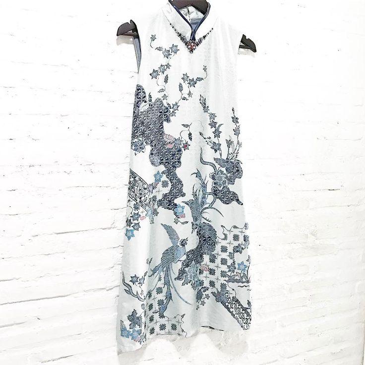 To all who missed out on our previous Valerie   .  .  limited pieces available for purchasing via whatsapp only  .  .  #batik #batikindonesia #fashionindonesia  #batikdress #batikblouse #kainbatik #batikmodern #batikcap #modernbatik #batikshop #fashionbatik #batikfashion #ootdbatik #onlineshop #localbrand #localbrandindonesia #readytowear #batiknonik #nonandnik