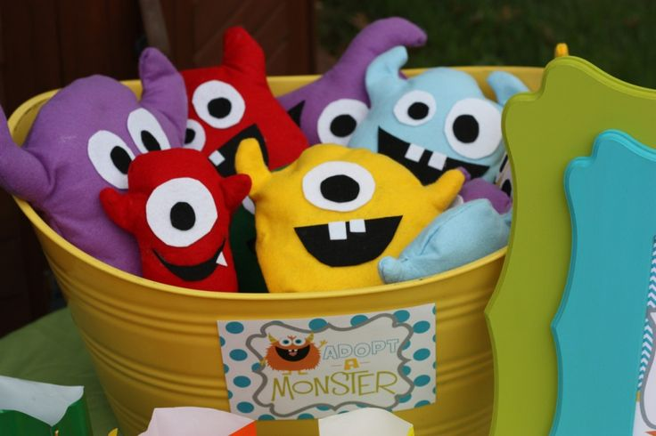 """Adopt a Monster - adorable monster party (includes """"mold-a-monster"""" packs)"""