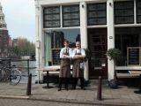 Tip /// Amsterdam: restaurant Gebr. Hartering (en als het mooi weer is buiten reserveren op het 'bootje'!)