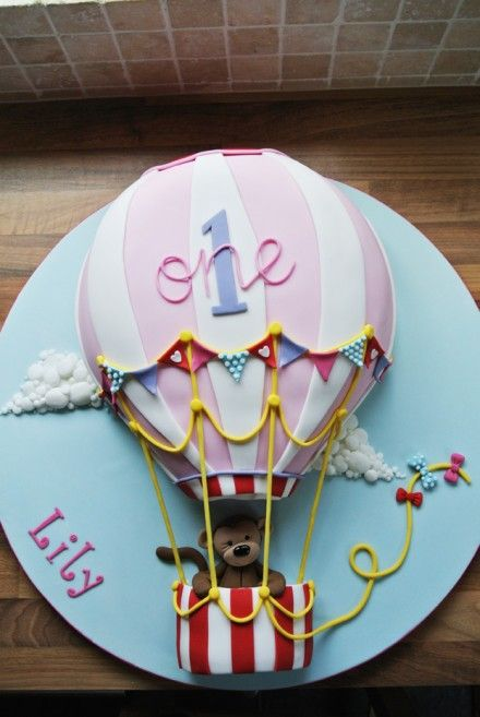 Balloon cake with monkey