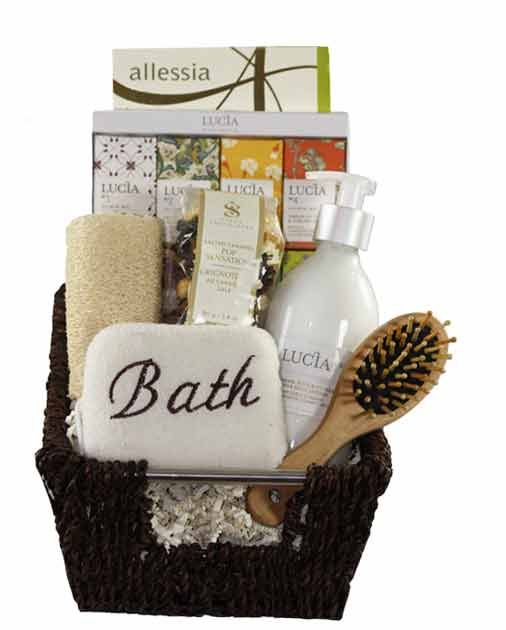 Elegant Spa Gift Baskets - show your mom how much you care on Mothers Day.