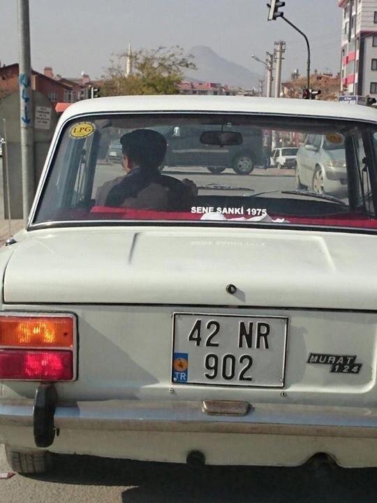 Gördüğüm en iyi araba arkası yazılarından biri..
