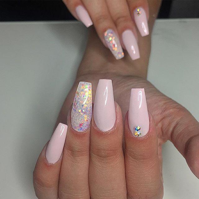 Best 25+ Pink glitter nails ideas on Pinterest | Light ...