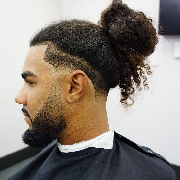 Haarschnitte Tech Curly Hair Men Long Hair Fade Man Bun Hairstyles