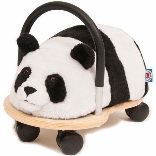 Wheelybug Panda klein, Beleef wilde avonturen met deze super zachte panda! geschikt voor kinderen van 1 tot en met 4 jaar. Afneembare hoes inbegrepen.  http://www.planethappy.nl/wheelybug-panda-klein.html