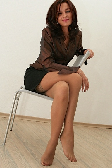 Results For Brunette Mature In Black Pantyhose Strumpfhose Strumpfhose 87