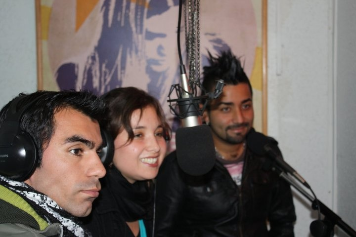 Sonora tomo como rey presentes en Radio Fiessta 90.9