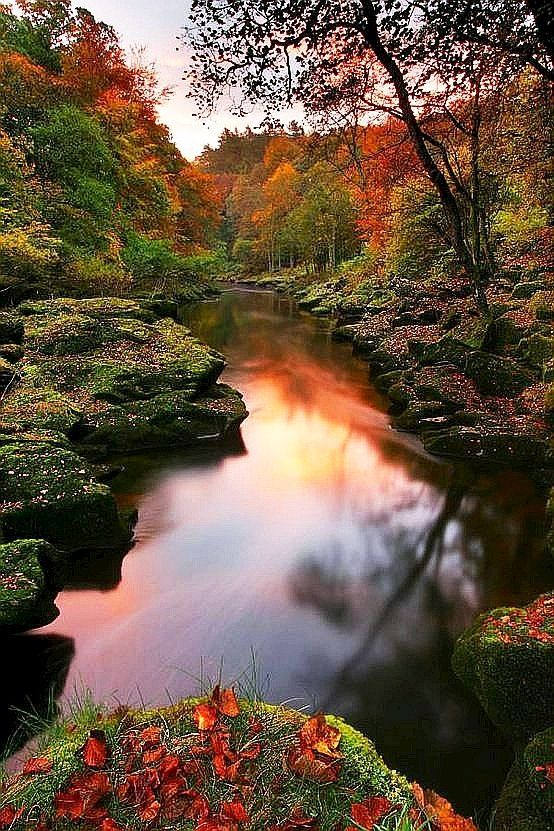 25 Photos of Nature That will not Leave you Indifferent - Ragged River #travel #autumn #fall