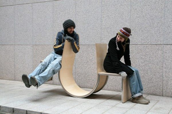 Street furniture encouraging social interaction.Chairs For Two People, Swingers Benches, Rocks Chairs, Swingers Chairs, Cho Neulha, Plays Seesaw, Furniture Design, Neulha Cho, Street Furniture