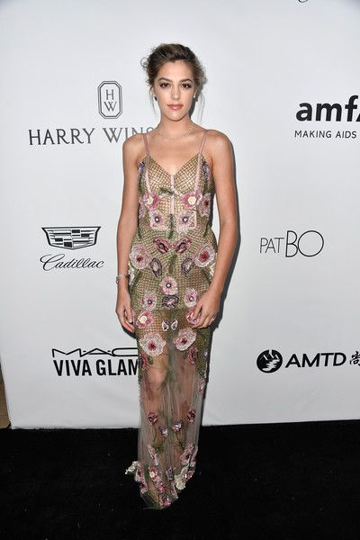 Sistine Stallone Photos - Model Sistine Stallone attends the amfAR Gala at Ron Burkle's Green Acres Estate on October 13, 2017 in Beverly Hills, California. - amfAR Los Angeles 2017 - Arrivals