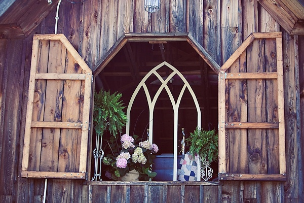 Barn party ideas neat things pinterest 2nd floor for Party barn plans