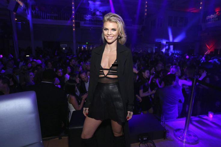 Forgetting that her top was completely see-through, AnnaLynne McCord exposed more than she intended when…