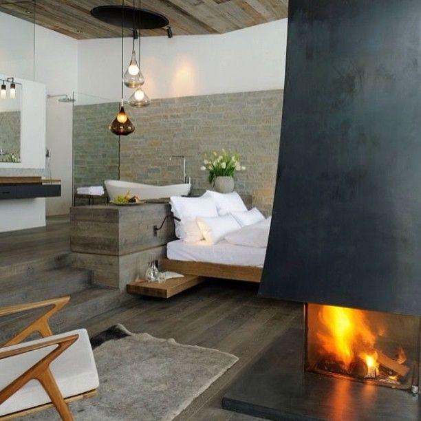#интерьер #серый #стул #кровать #спальня #огонь #камин #подушки #белый #цвет #дизайн #декор #черный #interior #design #decor #style #pillow #white #room #fire #chair #color #black #bed #gray