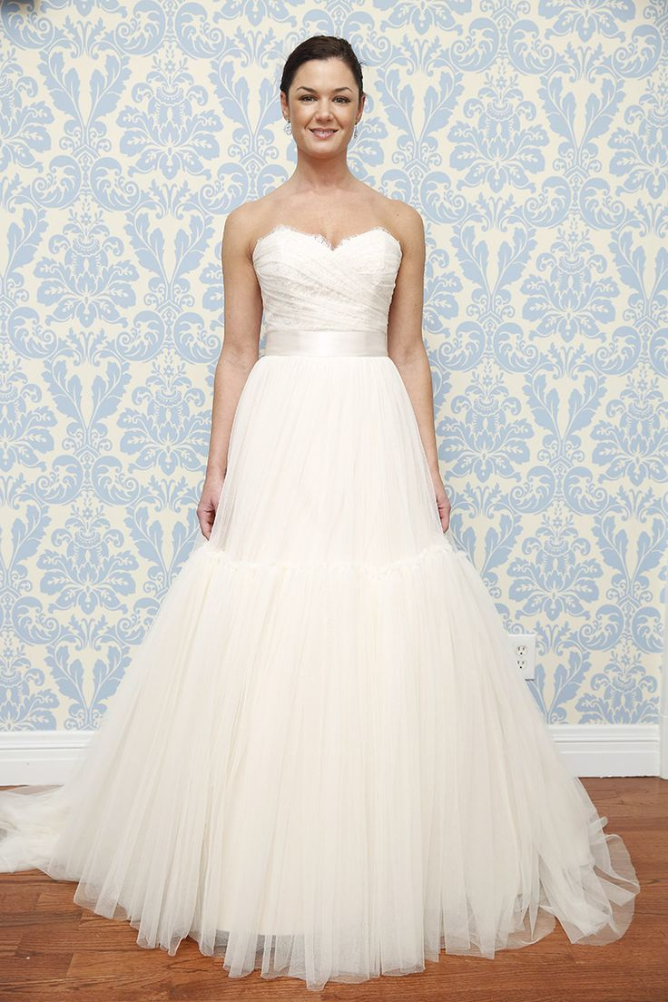 17 best images about european bridal on pinterest for Wedding dress shops reading