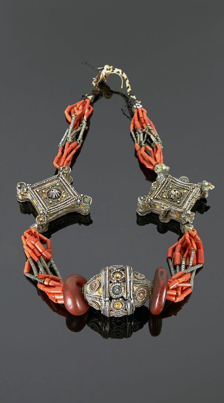 Morocco - High Atlas, Ait Ouaouzguit | Necklace; silver, enamel, coral and amber | 1'922€ ~ sold (May '15)