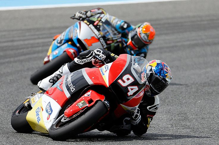Jonas Folger of Germany had an edge on Tito Rabat of Spain during Spain's Motorcycle Grand Prix at the Jerez race track in Jerez de la Frontera, southern Spain, Sunday. Folger won the event's Moto2race and Rabat came in third. - CSMonitor.com