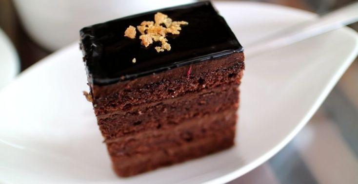 Čokoládový koláč s krémom - Receptik.sk