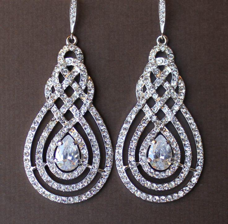 Spianare il lampadario da sposa orecchini Vintage di JamJewels1, $62,00