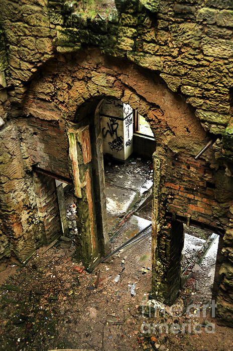 Gateway To Madness. Caldwell house Beith Scotland