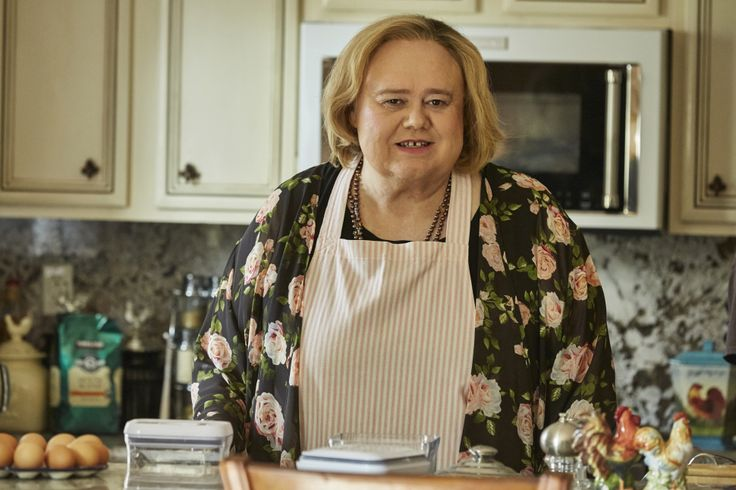 "'Baskets' Star Louie Anderson On His Crowing Achievement In The Slapstick Drama: ""I Don't See Myself In It"""