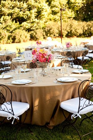 #tablescapes , soft and romantic   Photography: Lisa Lefkowitz - www.lisalefkowitz.com