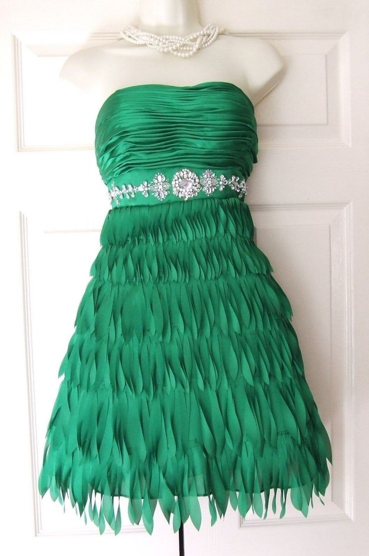 LORE DESIGNER GREEN CRYSTAL PARTY OCCASION EVENING DRESS SIZE 8-10 BNWT RRP 195
