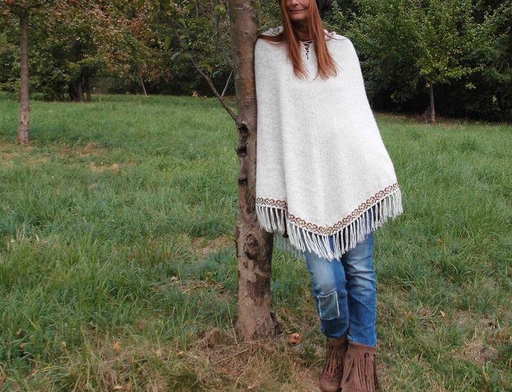 Capes & Ponchos - *INDIO*Ethno Hippie Strick Poncho Alpakawolle - ein Designerstück von santa-fee bei DaWanda