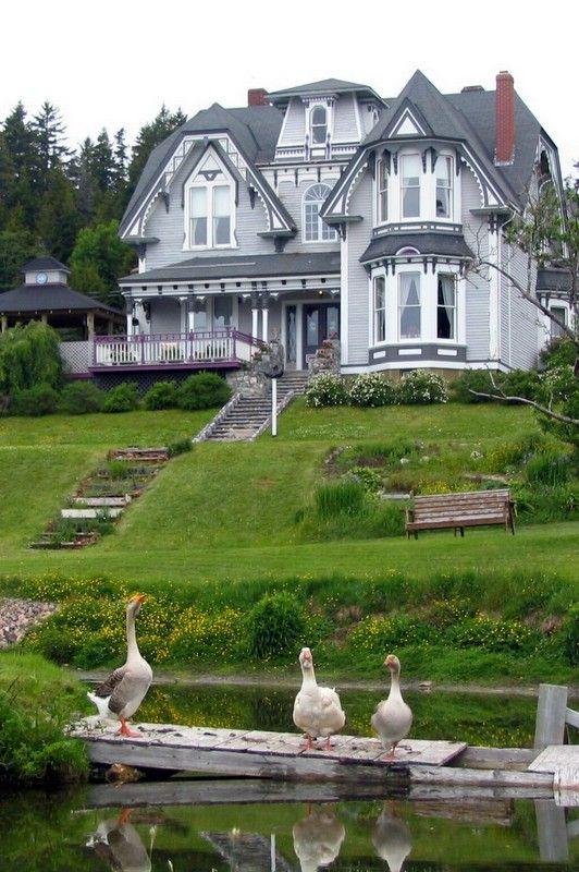 SAINT MARTIN'S COUNTRY INN. House in St. John's, New Brunswick. By Martin Denis.