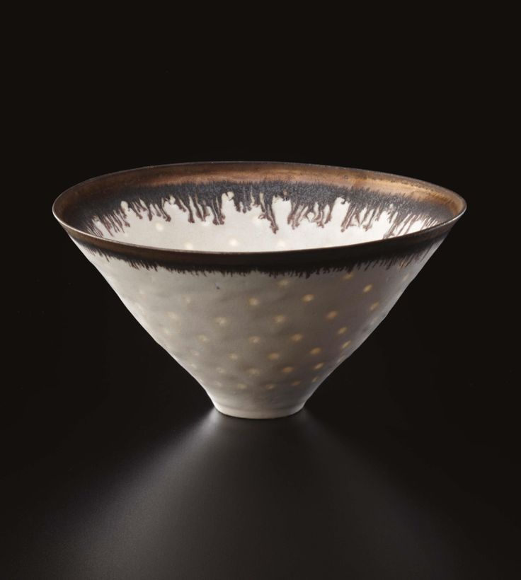 Hector- This bowl is very interesting because of its V like shape form. Also the texture and design give the bowl more art. ** LUCIE RIE Ceramic bowl.