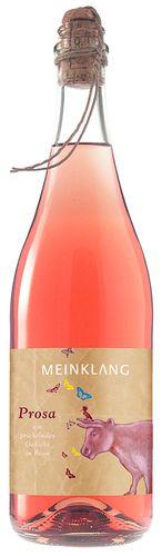 'Meinklang Prosa 2013 - Smaken av sommer! Wow, så god denne østerrikeren er. Jordbær og lime. Lett perlende. Danker ut det meste som finnes av prosecco på markedet. Må bestilles. Verdt å vente på.'  Varenr 437901