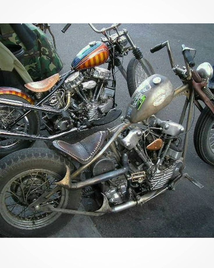 """atomictrent: """"#sunday trip down #memorylane .. 2006 or 07. First annual Ground Zero Throwdown. My #brother @spartan.george #knucklehead snuggled up with the #AtomicCustom #MexiPan . #goodtimes #FTW #choppers #custom #americanmade #veteranmade #USA..."""